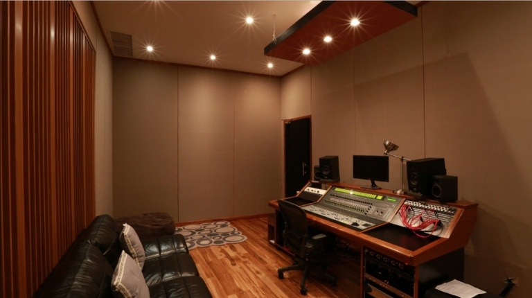 jasa pembuatan ruangan studio musik
