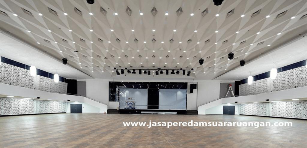 peredam suara auditorium hall